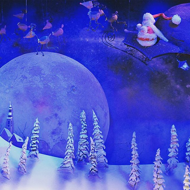 One more sleep until Christmas! Here's a flashback to our animated window adaption of The Night Before Christmas by Clement Moore and illustrated by Zdenko Basic and Manuel Sumberac for @smithandcaugheys in 2015. @zdenkobell #animatedwindows #christmaswindows #nightbeforechristmas #retail #puppetry #promotionsinmotionAU #Santa #visualmerchandising #christmasinspirations #retailwindow