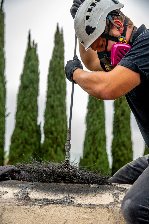 chimney sweeping.jpg