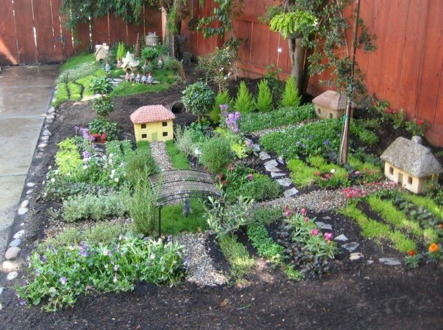 sample fairy house garden.jpg