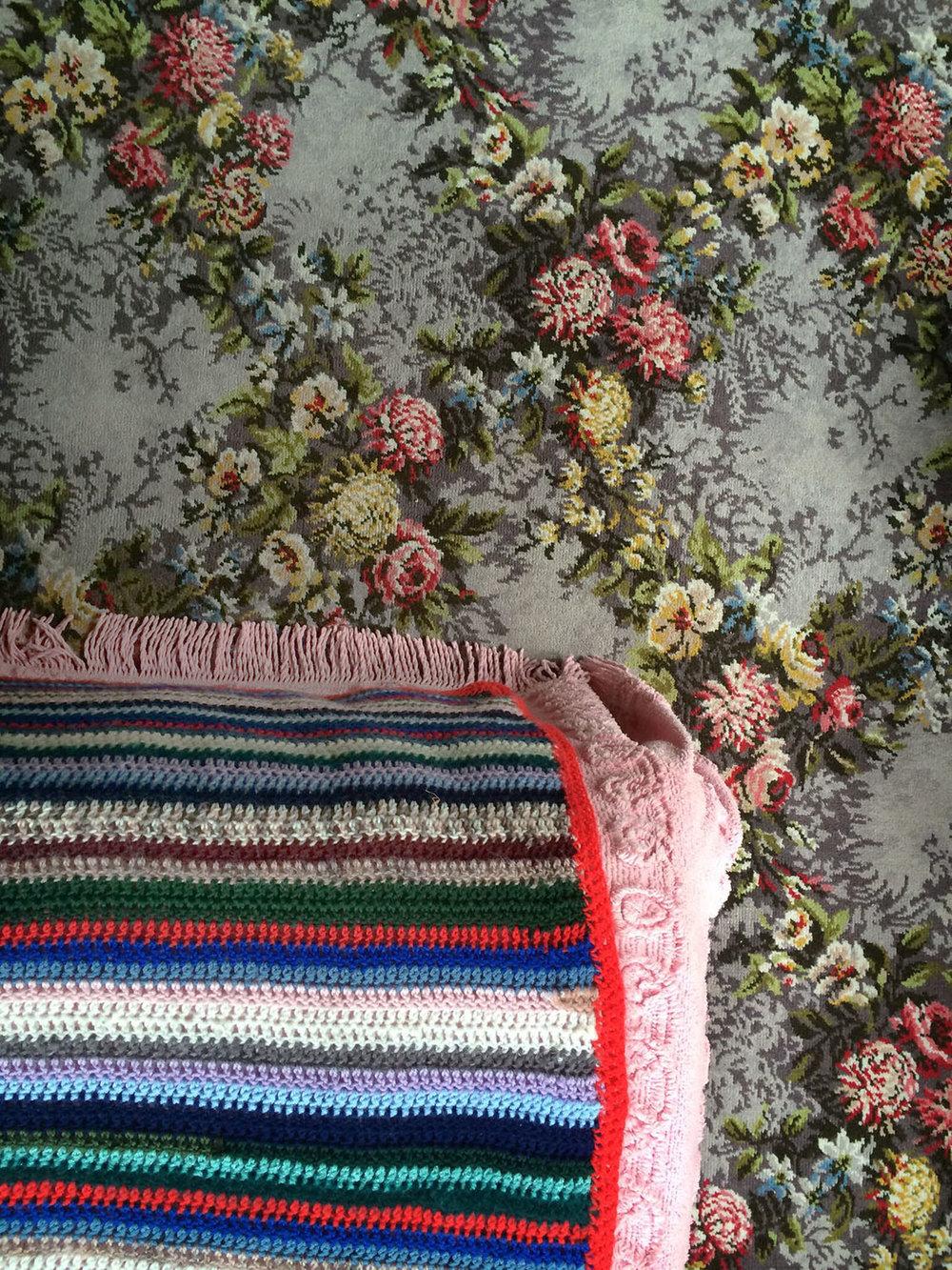carpet_vertical01.jpg
