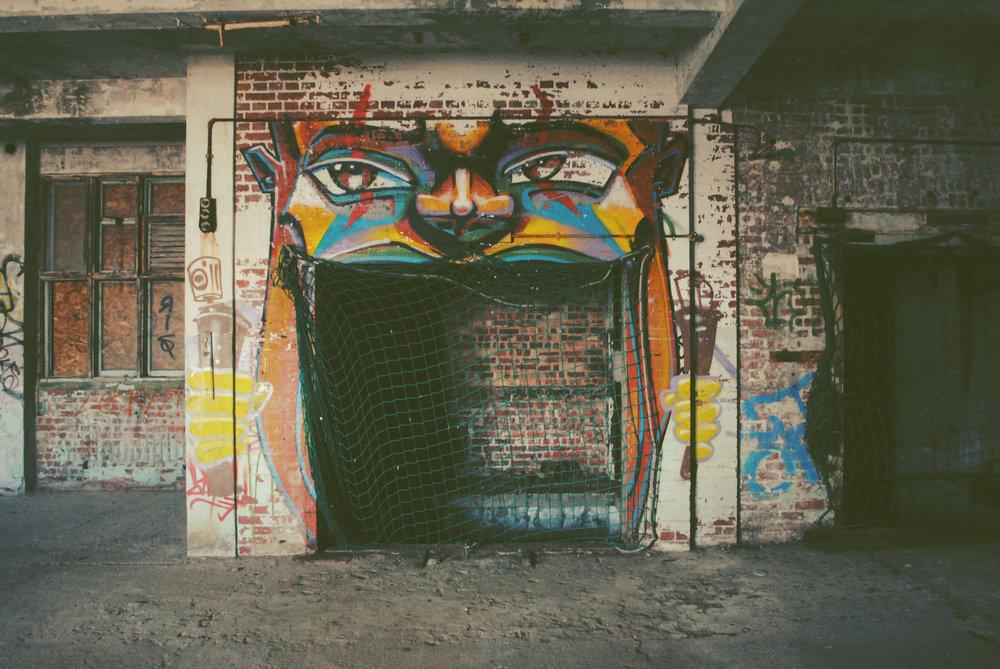 graffiti-hastings-observer-building.jpg