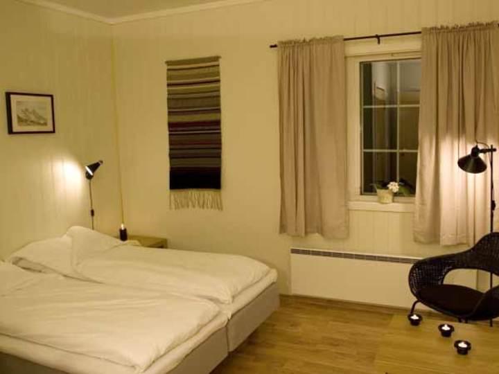 Vassbakken-Hostel-Room2.jpg