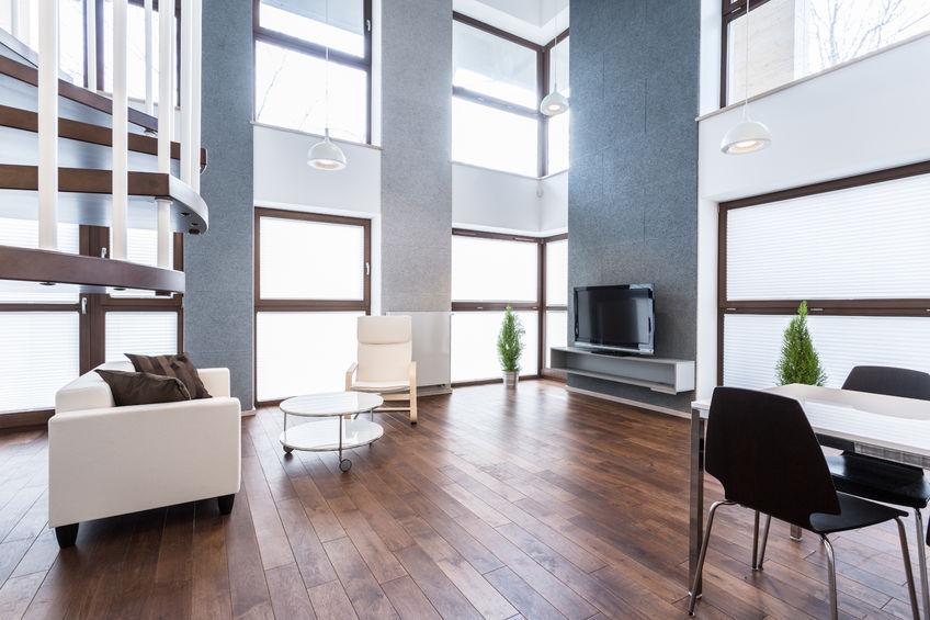 Parquet pour la maison, appartement, stratifié ou massif, coloré ou brut... -