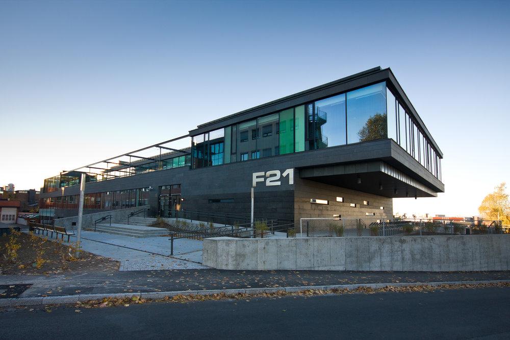 F21-02.jpg