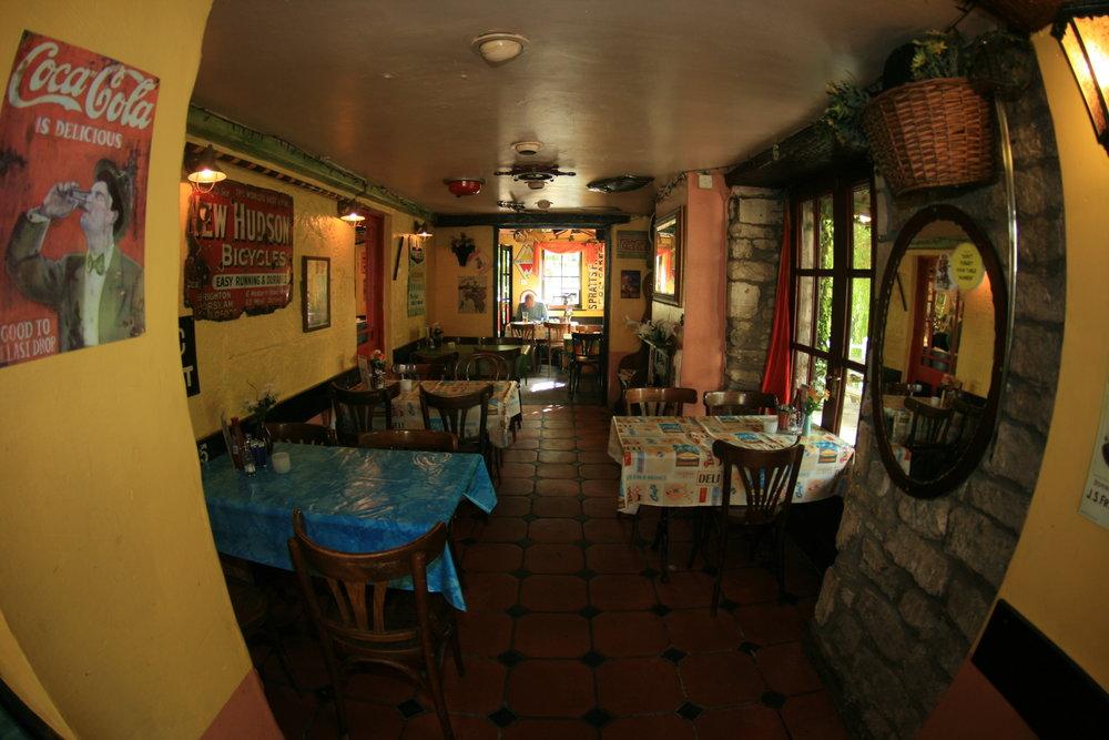 CAFE (inside) 2009 (8).JPG
