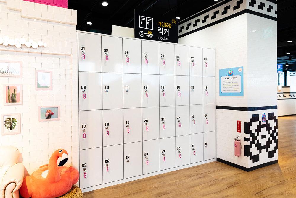 y_locker.jpg