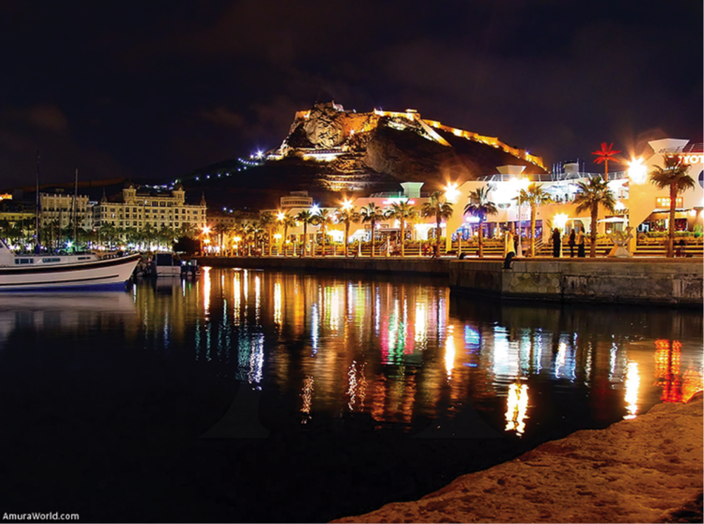 Denia by night.png