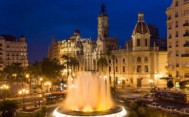 ValenciaPlazadelAyuntamiento.jpg