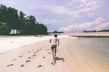 Löpning på strand.jpg