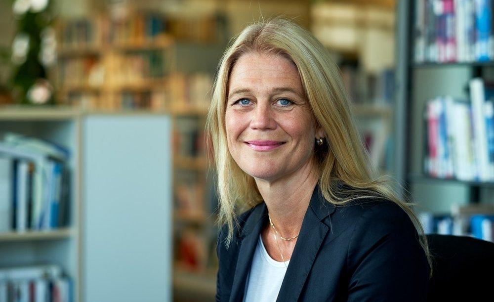 Margit Walsø tar deg med til Provence i sin nye roman  Parfymeorgelet