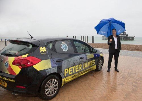 peter+james+politibil.jpg