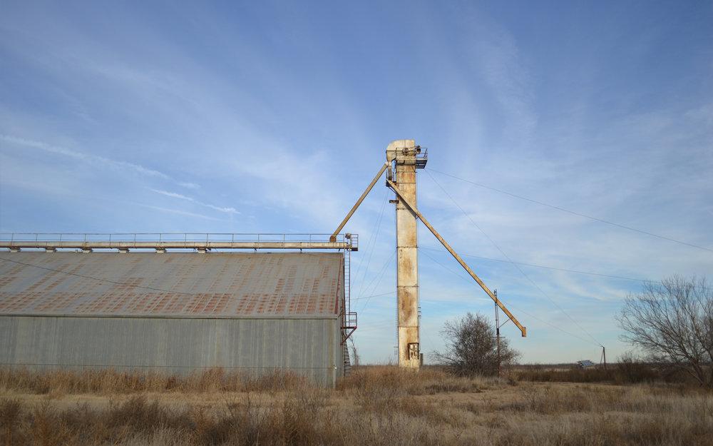 Grain_Elevator_Foard_County.jpg