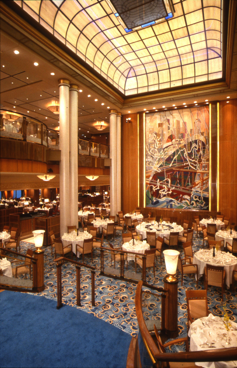 Brittannia restaurant, Queen Mary II