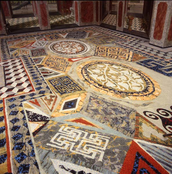 Het Oosten, 0.69, Detail geprint tapijt.jpg