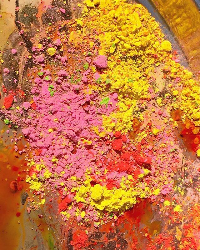 Happy Holi 2018! Blessed to celebrate the festival of colours while working on the next #LesMusesBM #jewellery line in #India 🎨 Stay tuned for the launch 💛