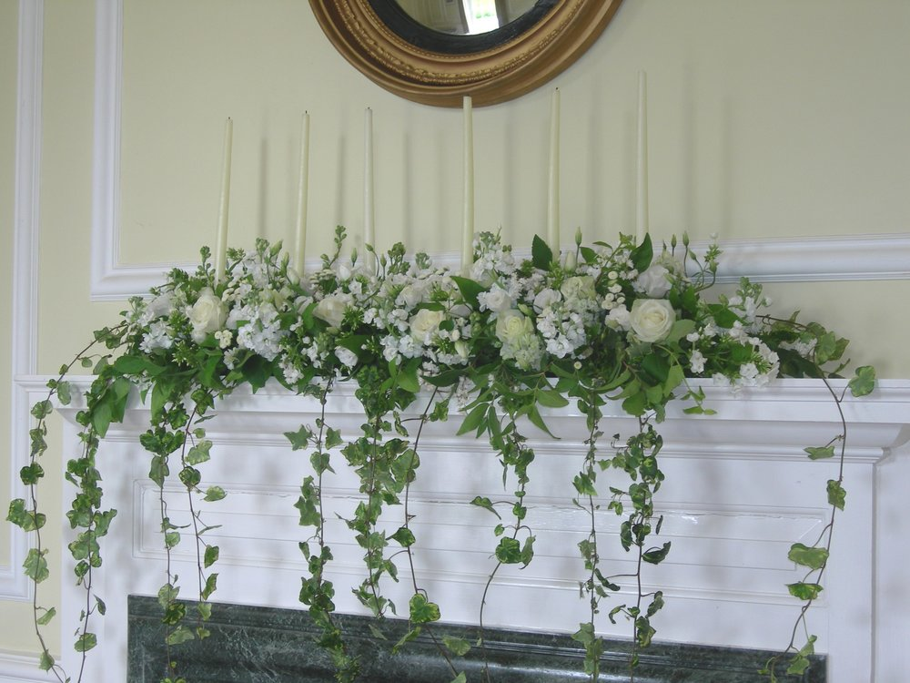 Mantel arrangement.jpg