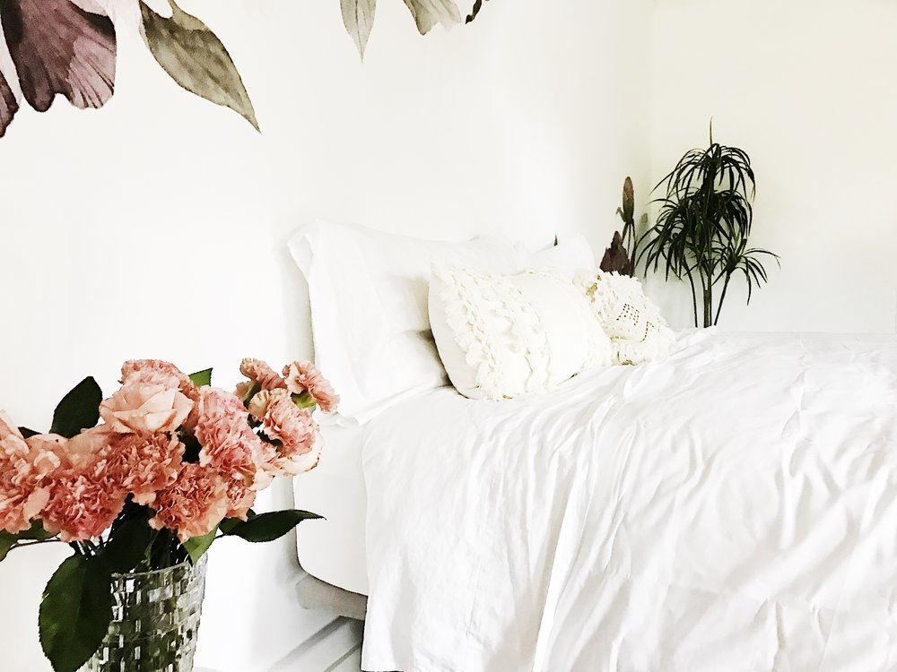 Boho Master Bedroom Reveal with the Perfect Wainscott Oxford Weave White Duvet with Serena & Lily Joyfullygreen Joy Green
