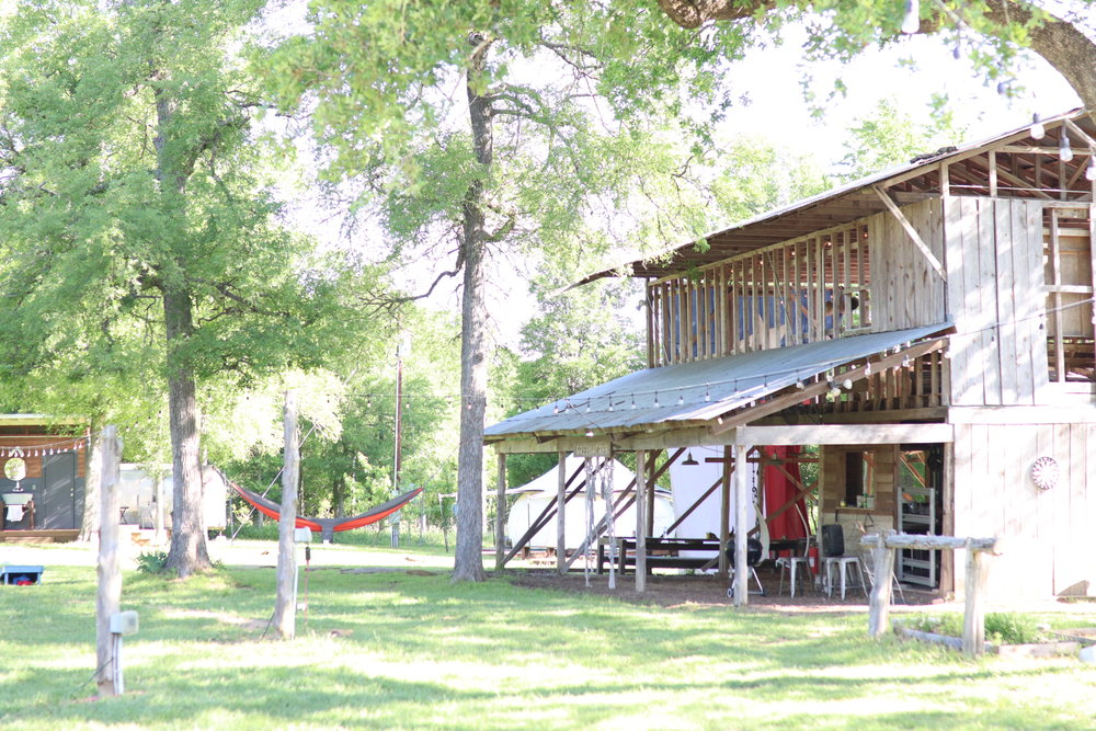 Green Acres Austin Glamping with Toddler