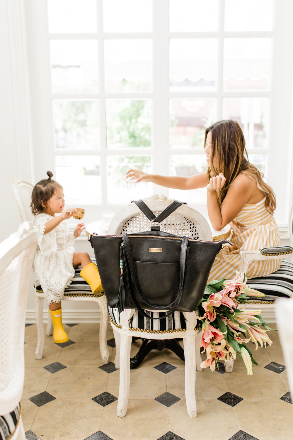 3 Tips to Balance Life as a First Time Working Mom lily jade diaper bag review
