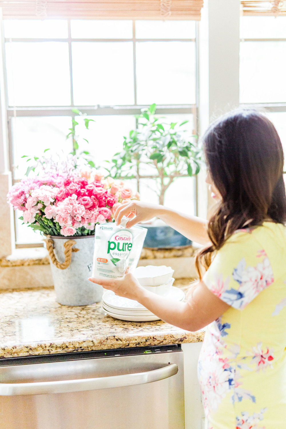 A Better Way to Clean Your Dishes Plus DIY Natural Everyday Kitchen Cleaner Recipe