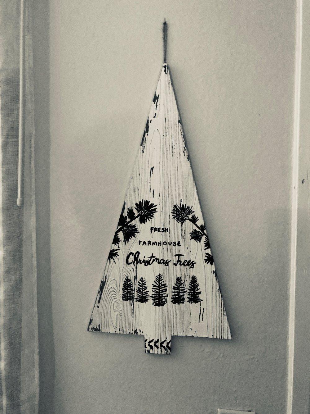 christmaswhitewooden