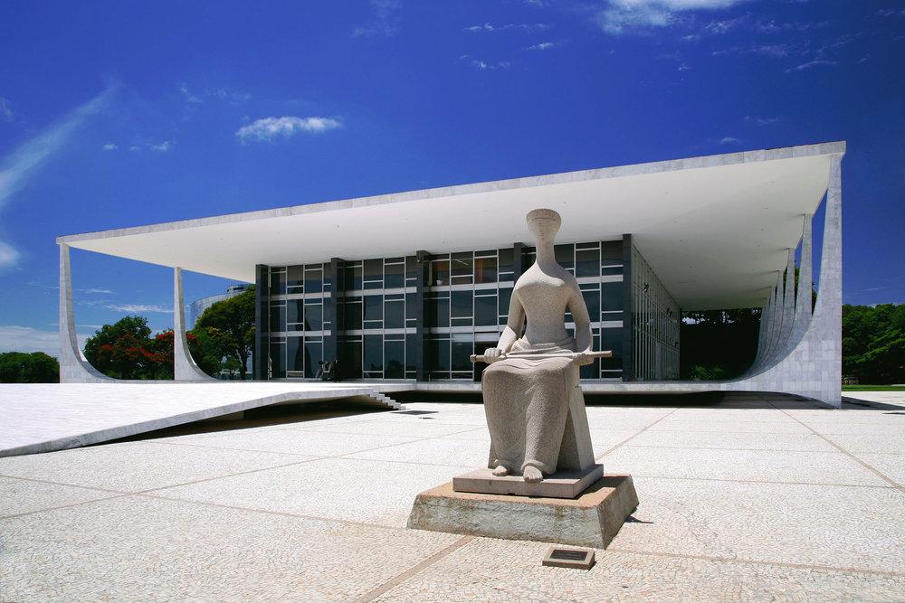 Presidential Palace in Brasilia, Brazil by Oscar Niemeyer