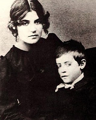 Photo of Valadon with son, ca. 1889  (Musée de Montmartre)