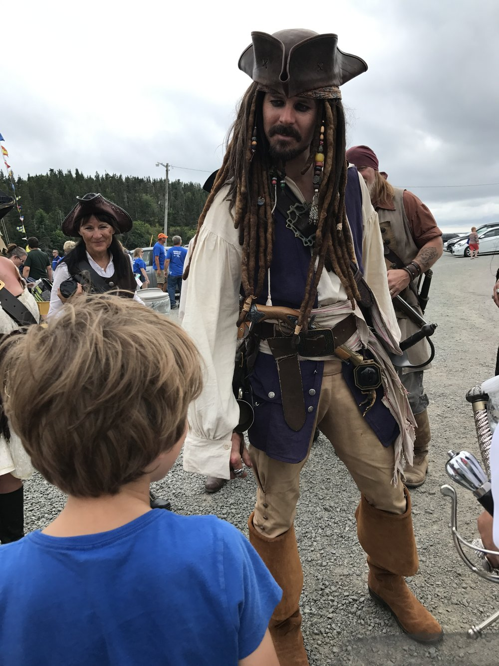 Ben chit chats with Captain Jack Sparrow.