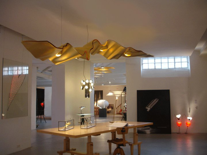 ingo maurer golden ribbon light my nest. Black Bedroom Furniture Sets. Home Design Ideas