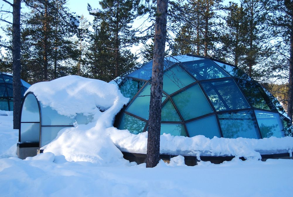 Glass-Igloo-at-Hotel-Kakslauttanen-Finland