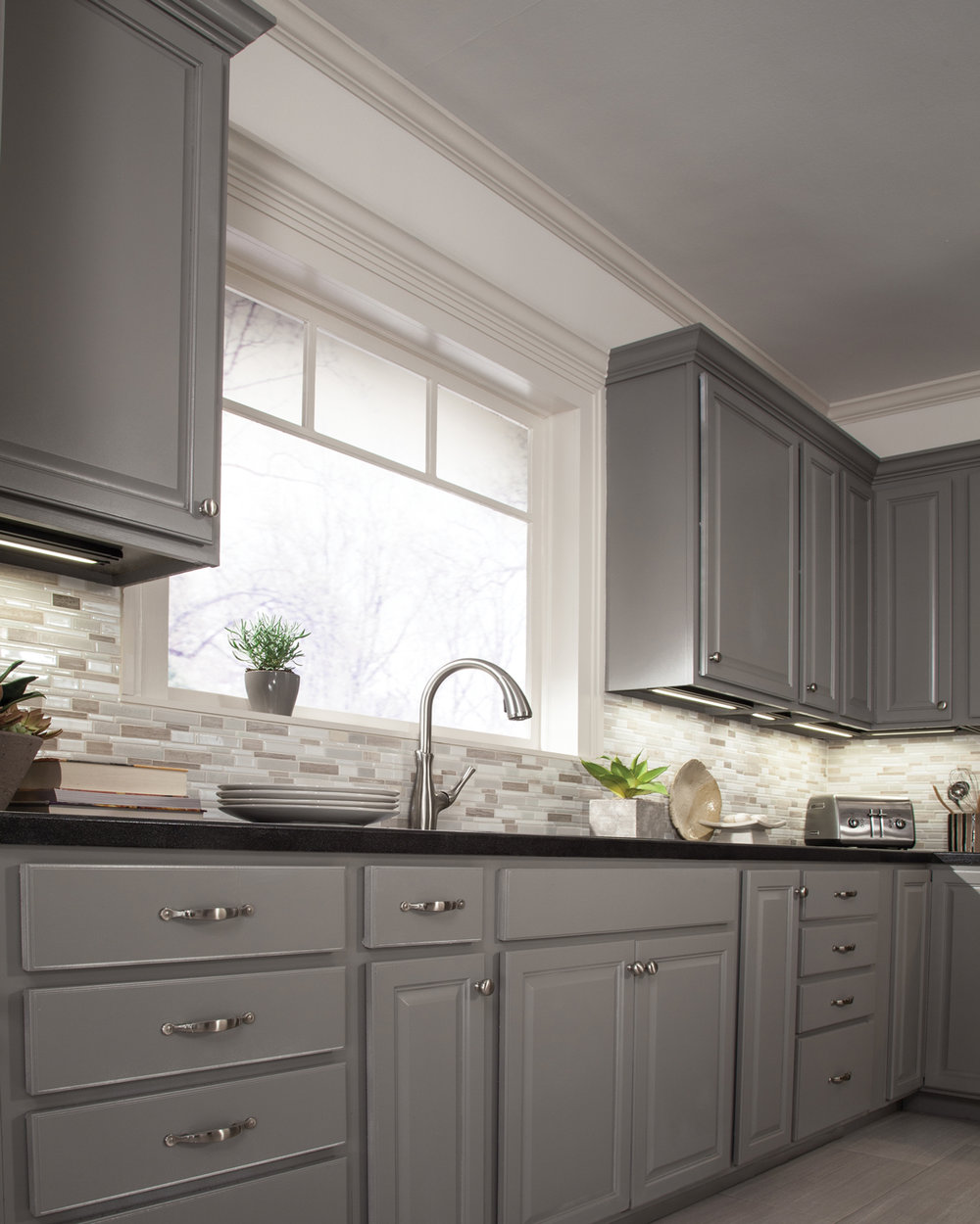 Kitchen-Undercabinet-Lighting-6---Tech-Lighting