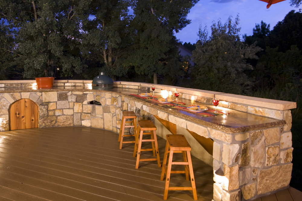 lightyouroutdoorkitchen4 outdoor kitchen lighting i18 kitchen