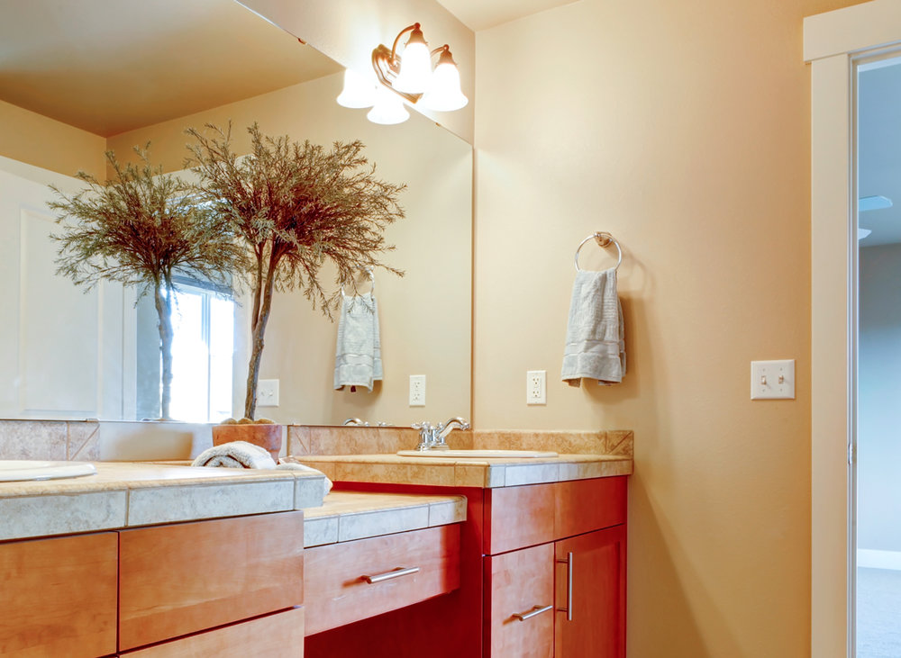 A small bathroom needs a careful lighting plan