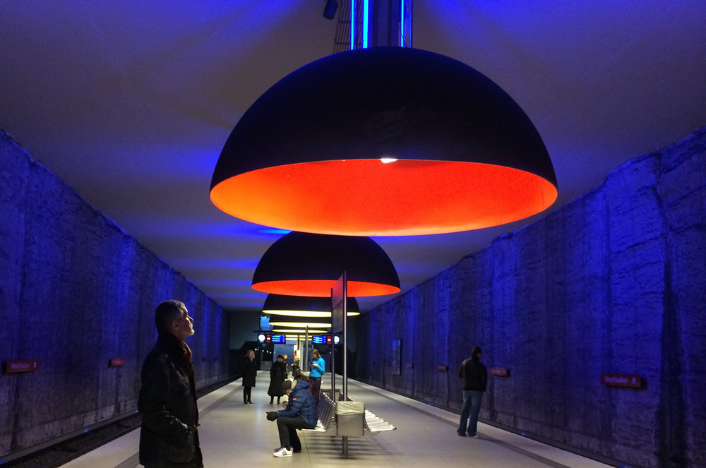 Ingo Maurer Westfriedhof metro station