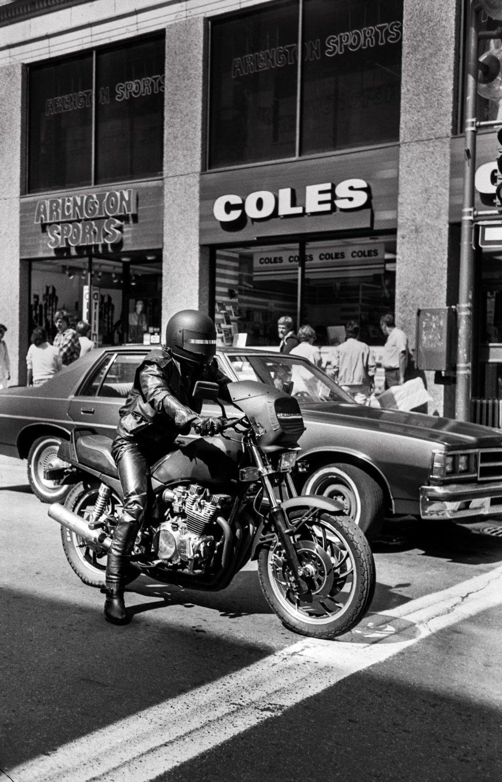 Le motard noir, Montréal, 1988