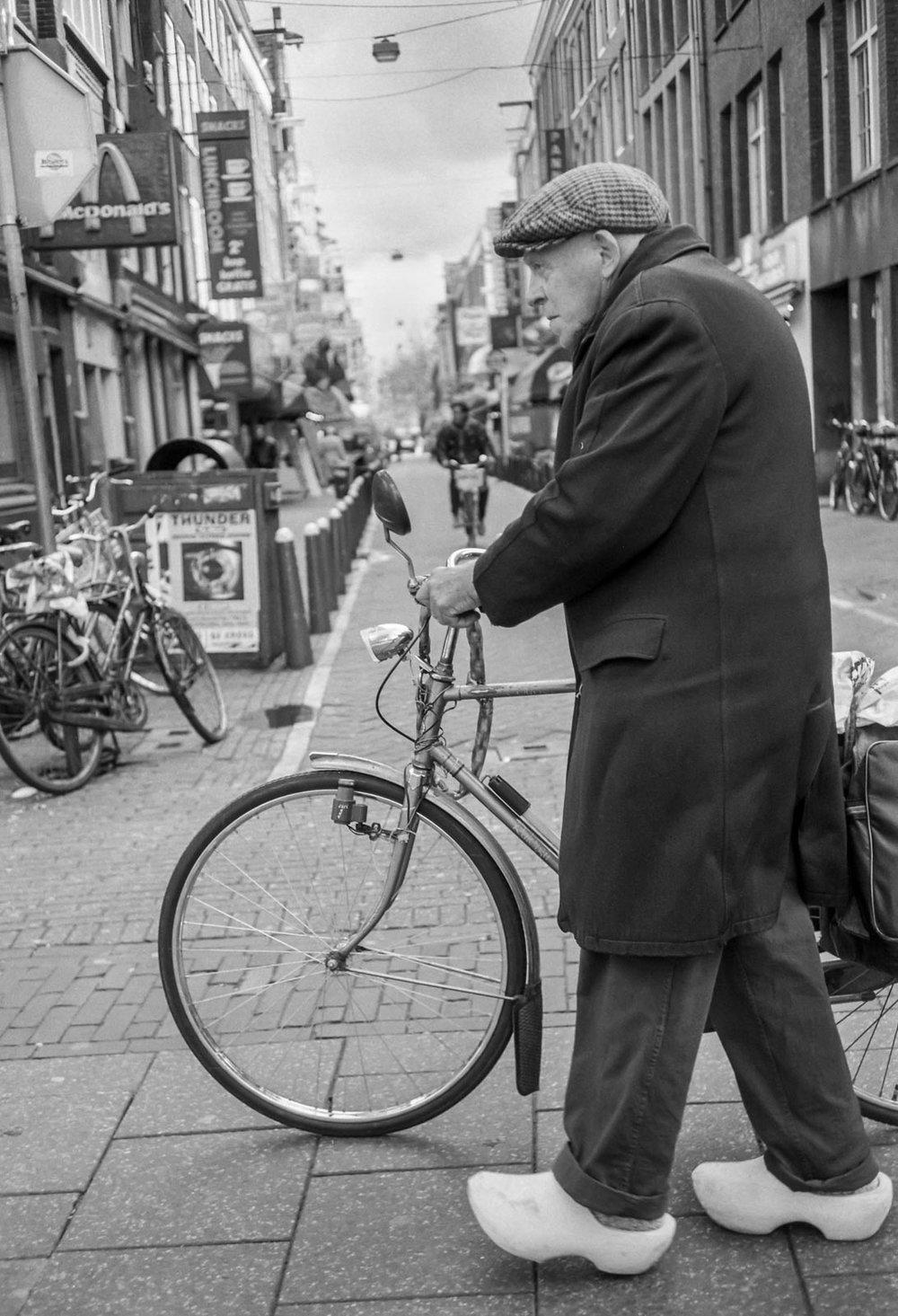 Le cycliste aux sabots, Amsterdam 1995