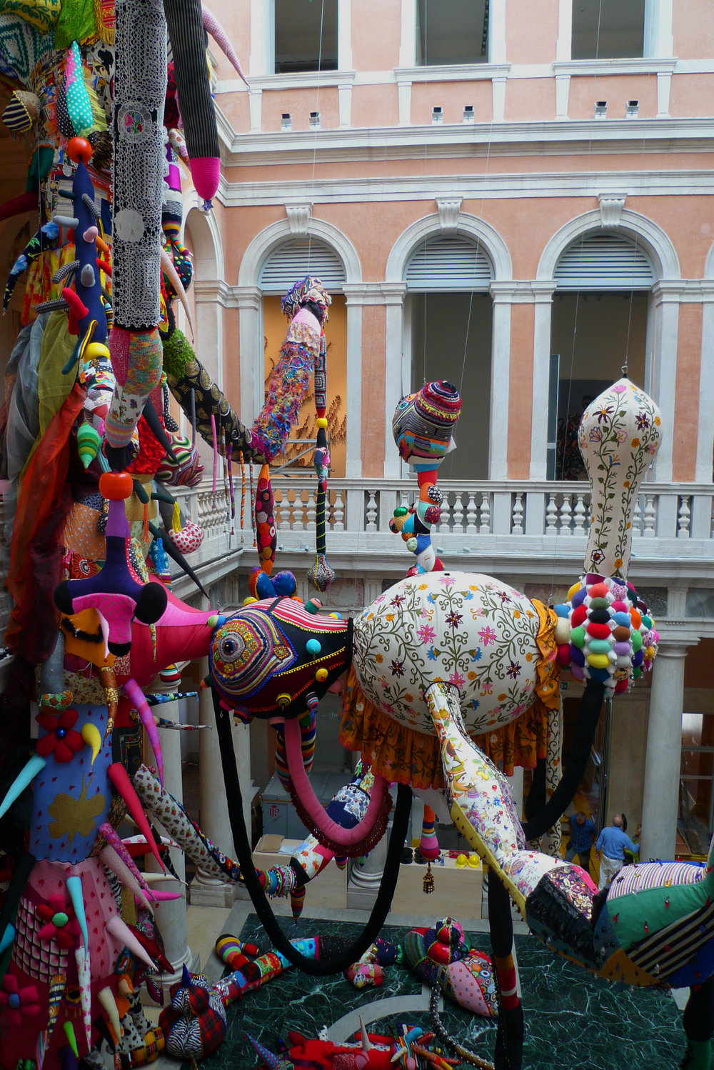 Contamination (2008-2010): Joana Vasconcelos at Palazzo Grassi in Venice, (François Pinault Foundation) where she created a mesh of sewn tentacles that spread throughout the palazzo's various levels.