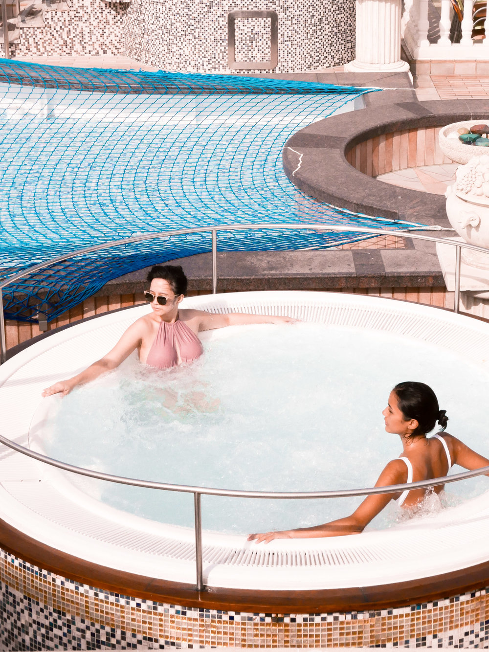 One of our free mornings spent trying out the jacuzzi, which the cruise staffers clean every single day!