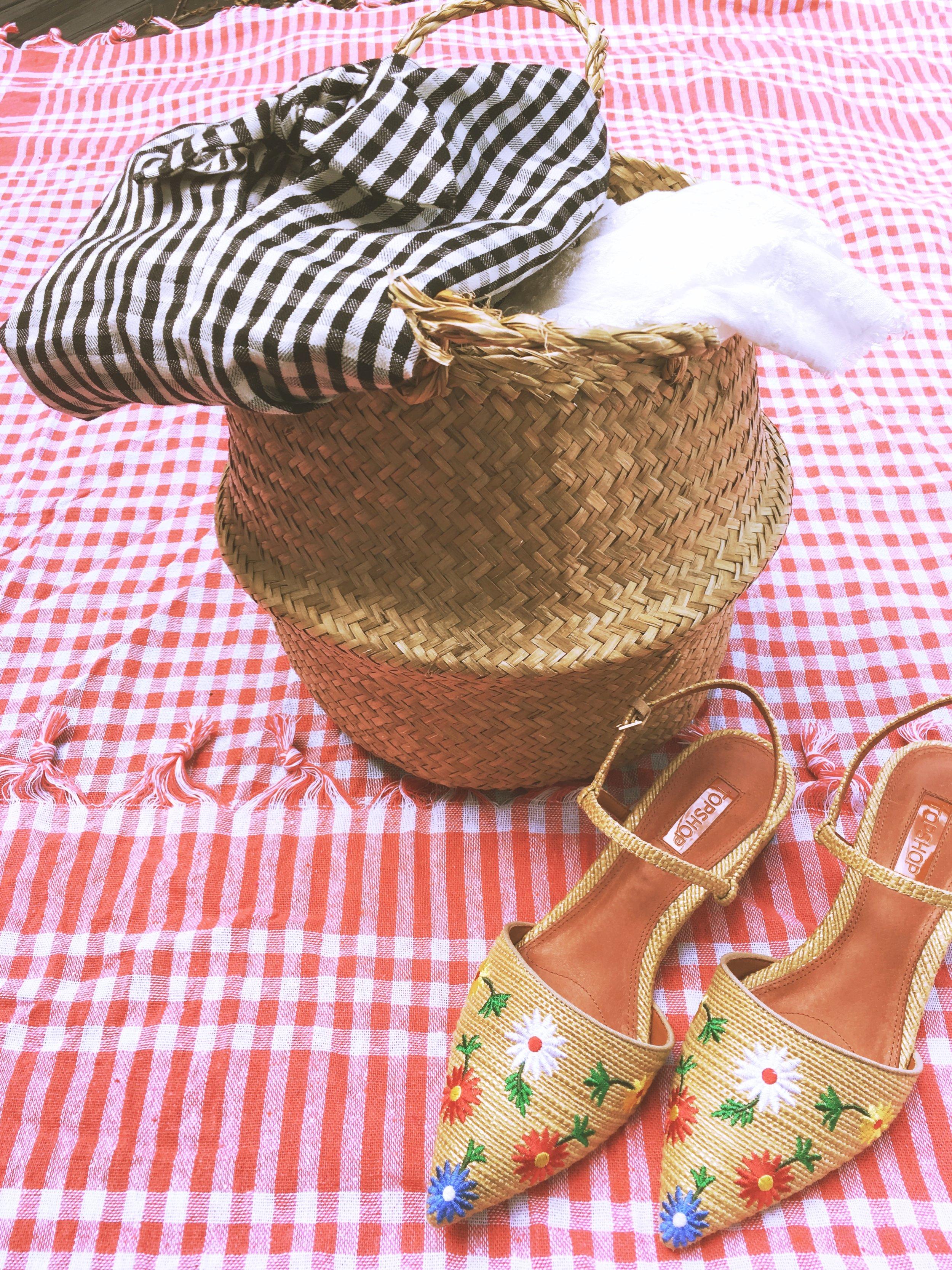 84b310007d7 Picnic basket — I M A COOL GIRL