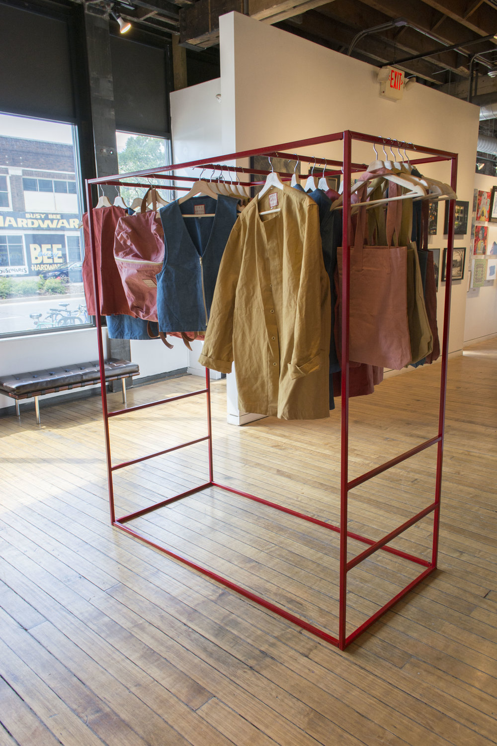 square clothing rack