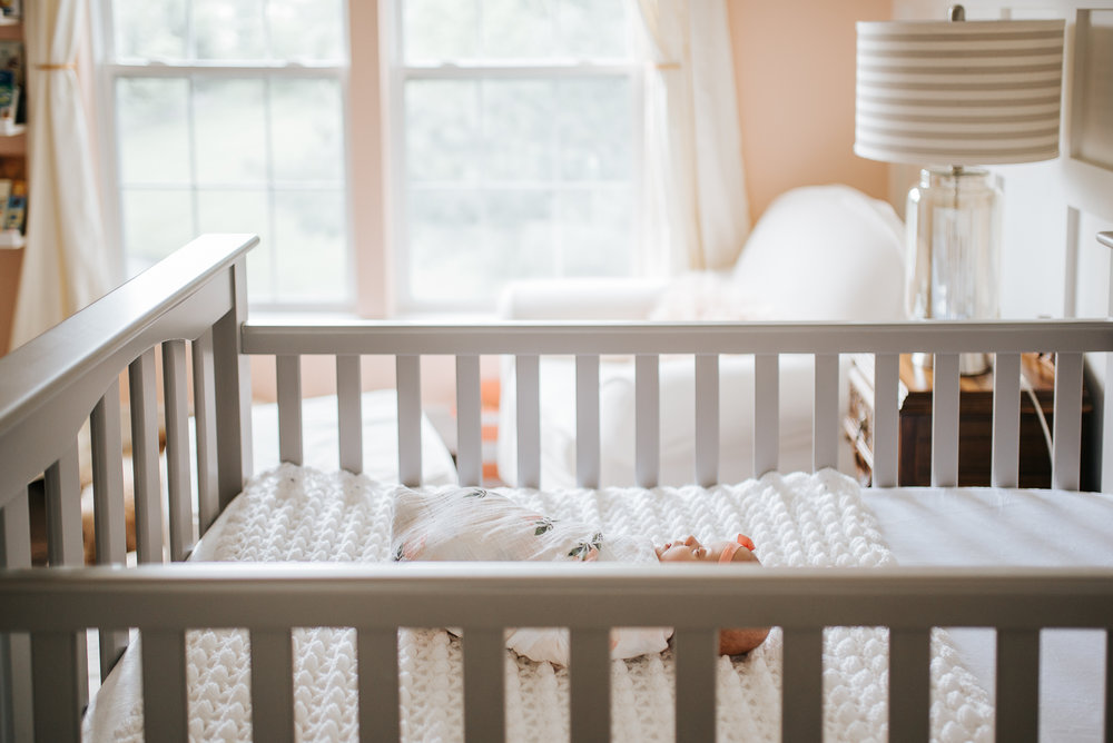 nataliethomasphotography.com-in-home-newborn-session-4425.jpg