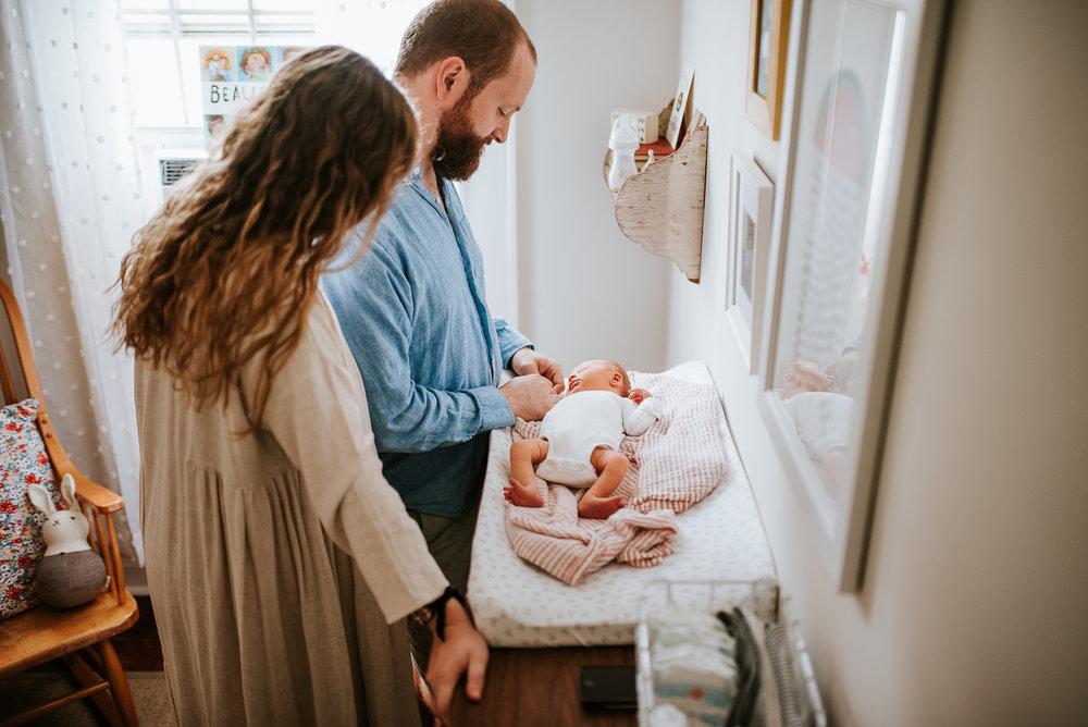 nataliethomasphotography.com-in-home-newborn-session-1479.jpg