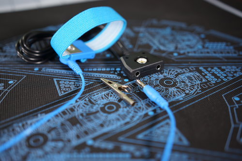 Extra Parts: ESD Wrist Strap & Common Ground Point Cable (Banana ...