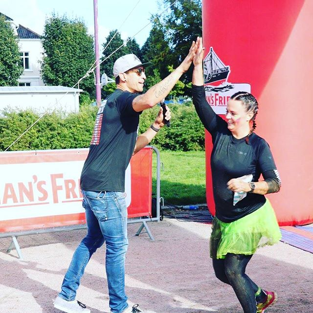 High five 👋👋👋 #fishermansfriend #strongmanrunnorway #hinderløp #kristiansand #ocrnorway
