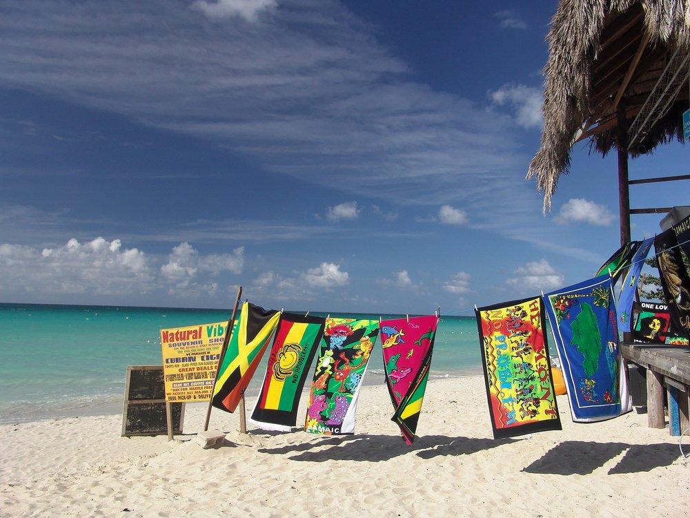 beach-1029014_1920-2.jpg
