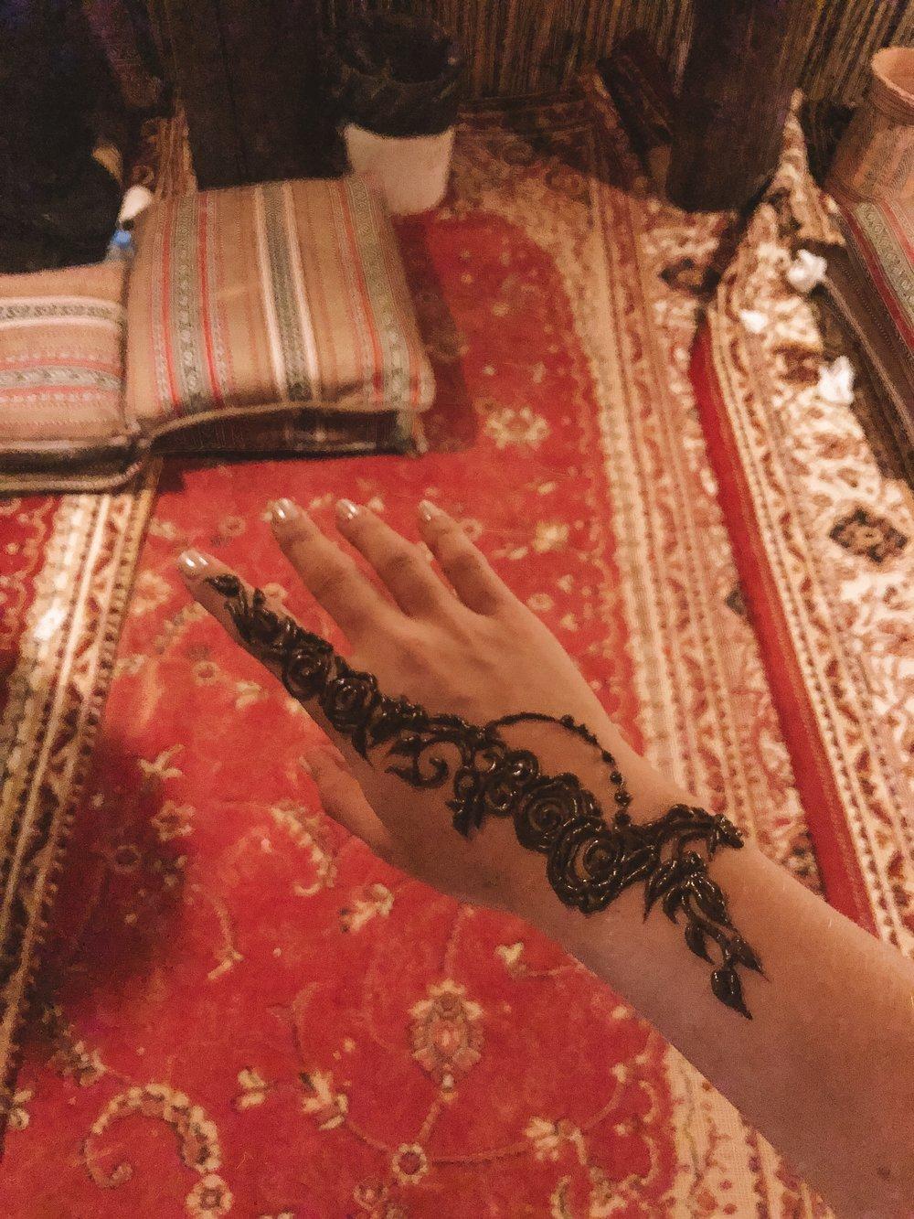 dubai_desert_henna.JPG