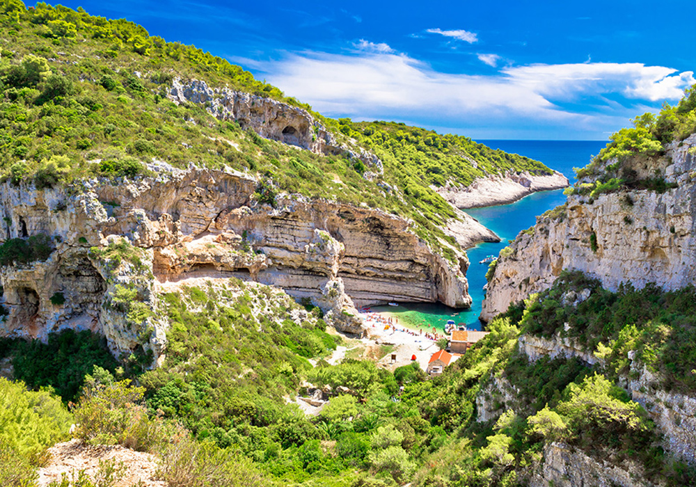 Explore Vis Island - Blue & Green Caves + more!