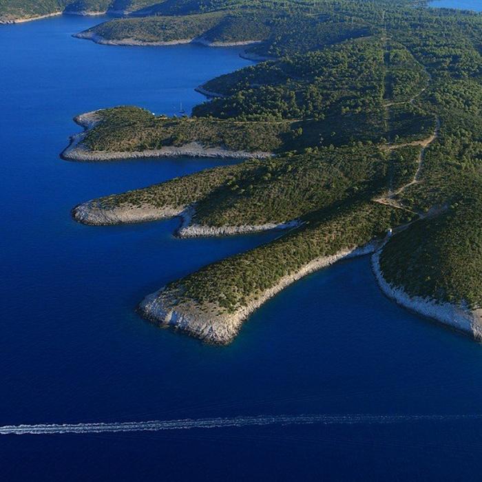 Beach Hopping - Explore Pakleni Islands' Secrets