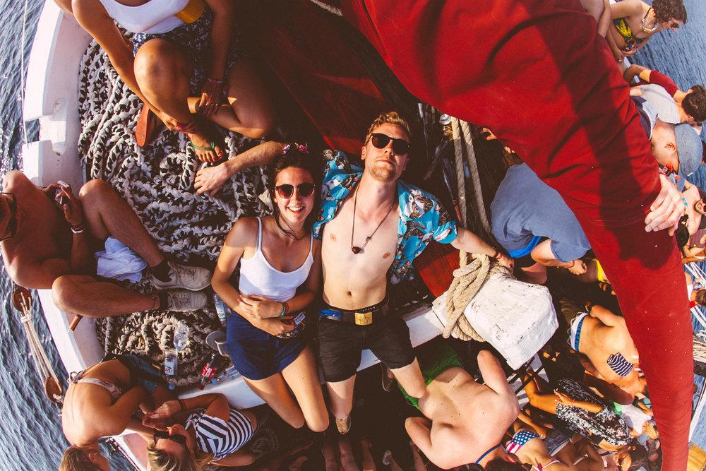 Party on a Boat - Sea + Sun + Music + drinks = Fun!