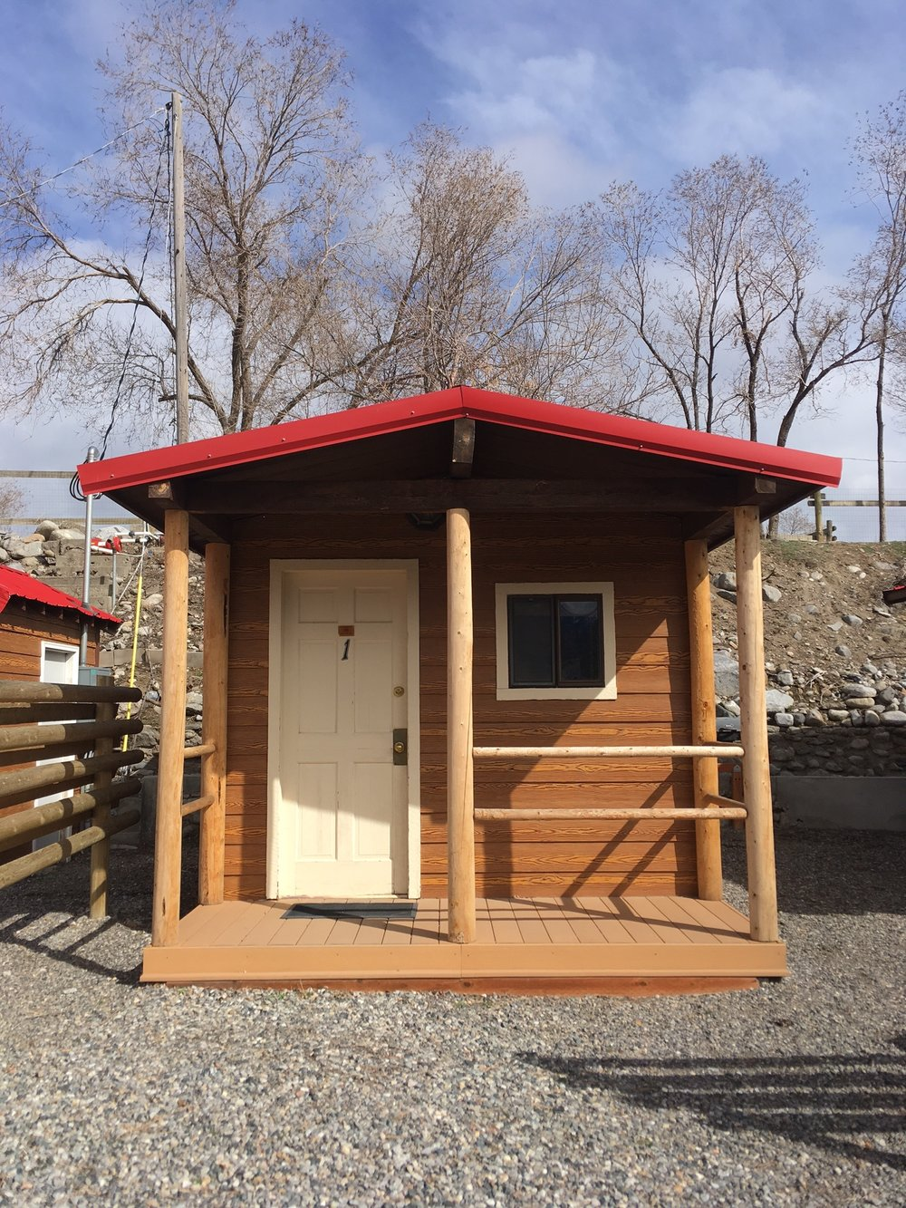 cabins md hagerstown bear yogi jellystone park camping s cabin exterior